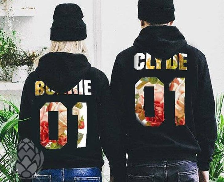 30+ Cutest Matching Couples Hoodies (Cute Couples Hoodies