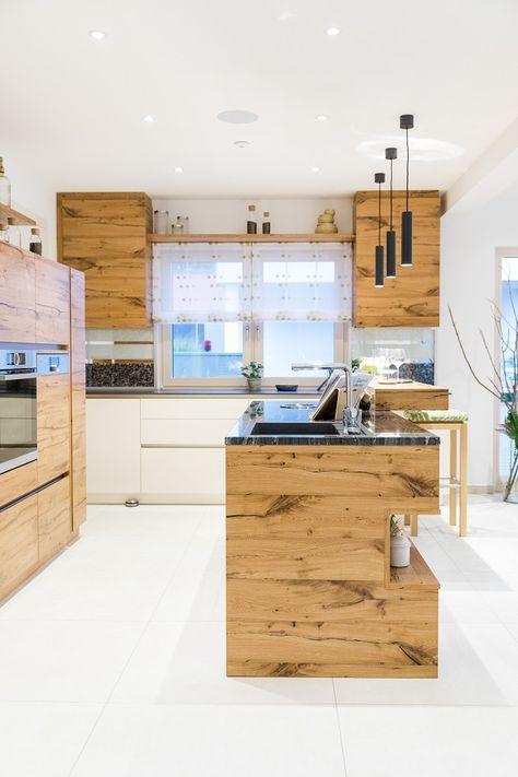 Küche im HARTL HAUS Musterhaus Elegance 136 W Hartl haus