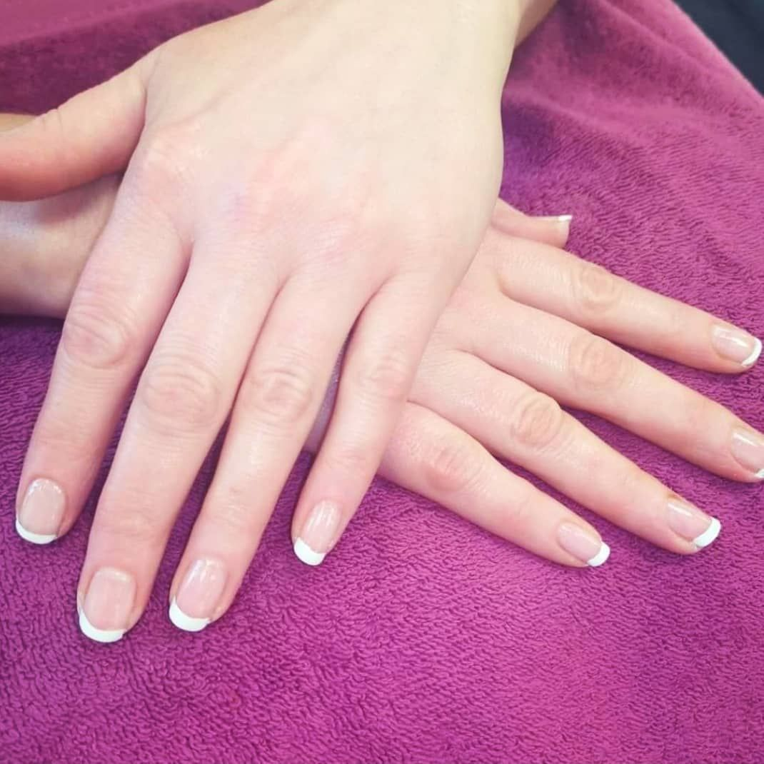 Frenchie Frenchnails Frenchie Frenchtipnails Frenchtips Frenchtipsnails Manicures Manicure Mani Nai In 2020 French Tip Nails French Nails Nail Varnish