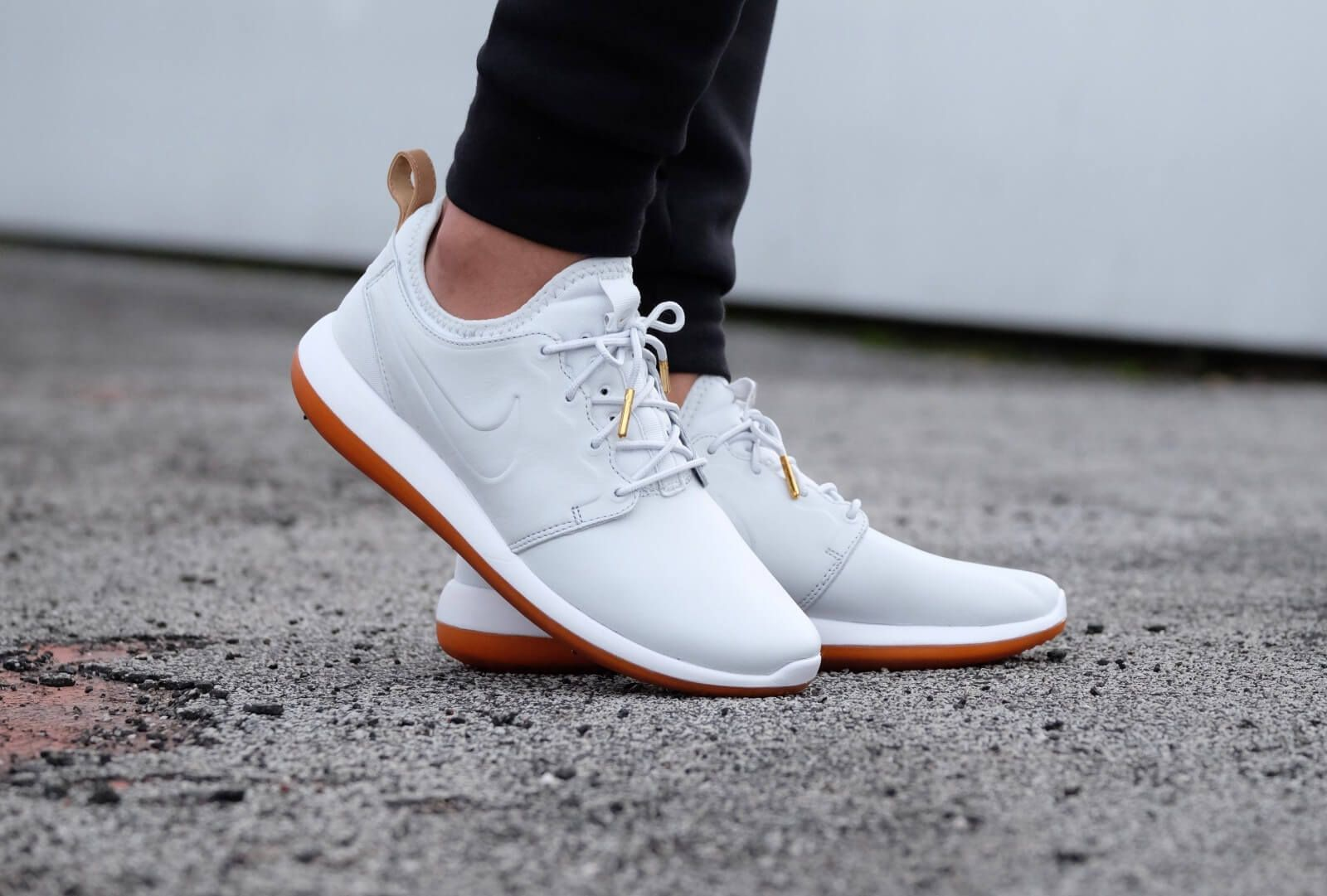 competitive price 7a5f6 33ed8 Nike Roshe Two Leather PRM Off White#x2F;Off White-White-Gum - 881987-100