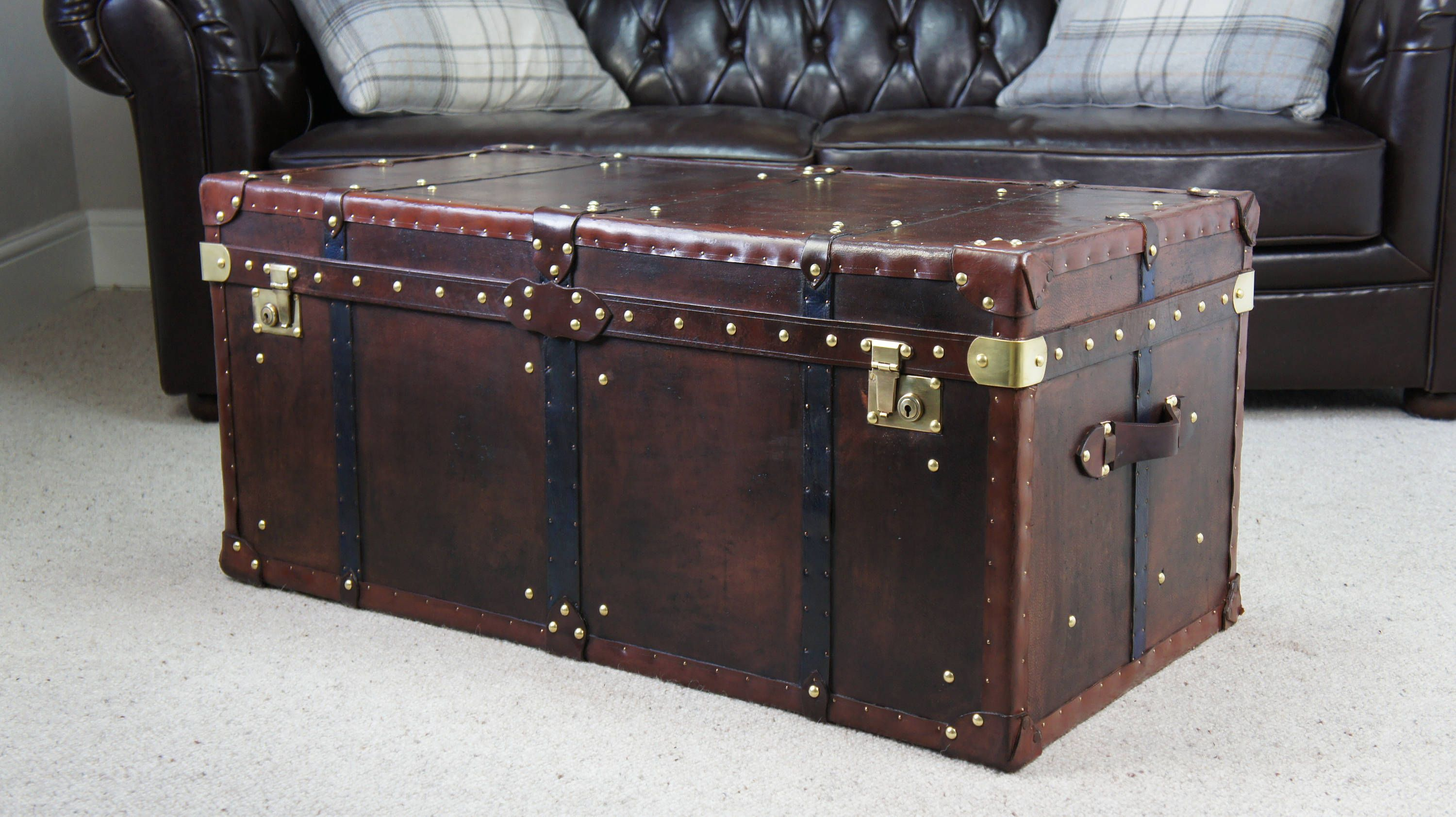 Large Antique Leather Handmade Steamer Trunk Coffee Table