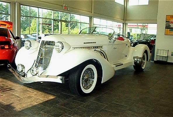 Auburn Boat Tail Speedster Replica Photos News Reviews Specs Car Listings Dream Cars Classic Cars Art Deco Car