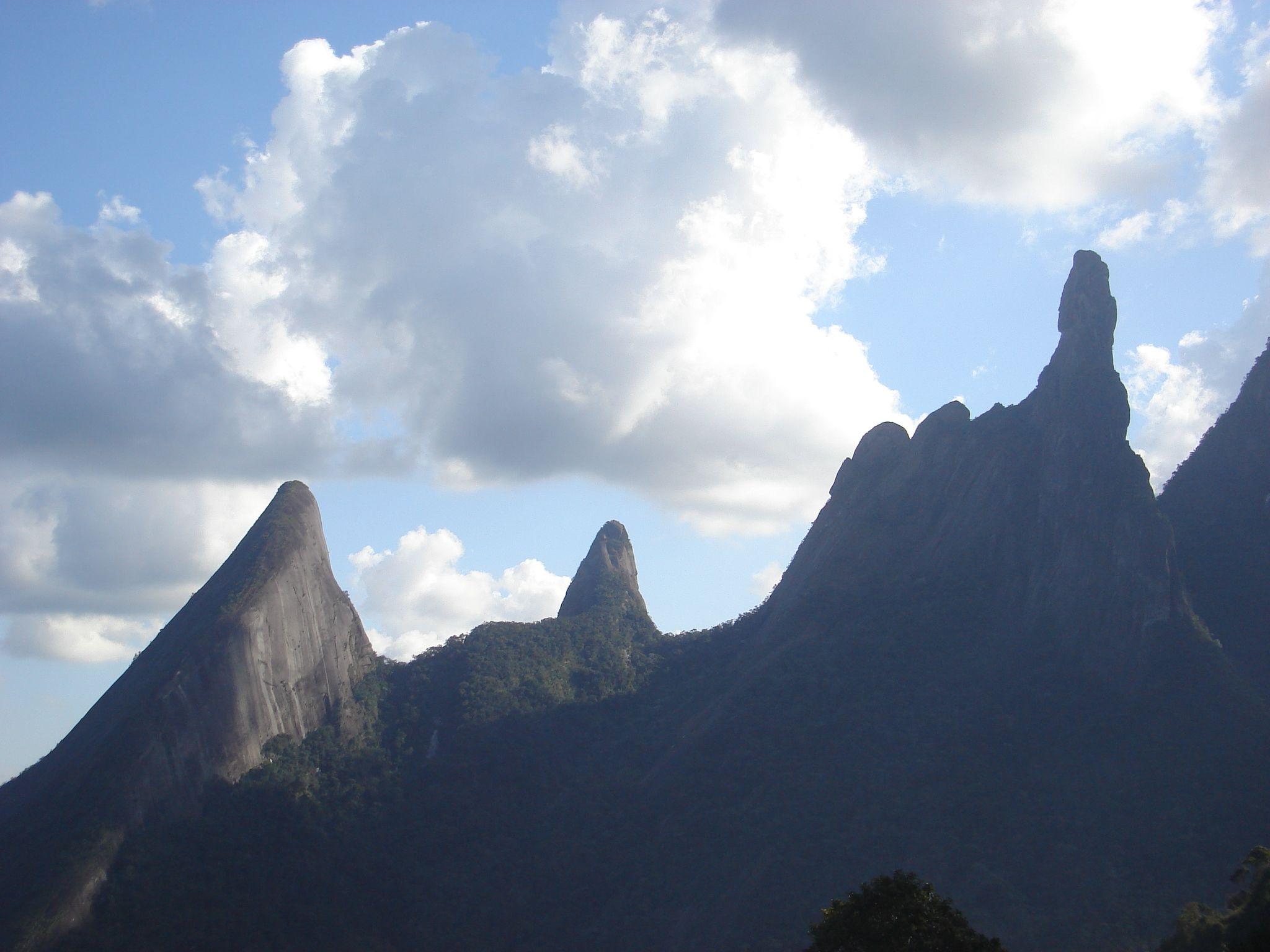 Serra dos rg os montanhas cordilheira e serras for Daniela costanzo