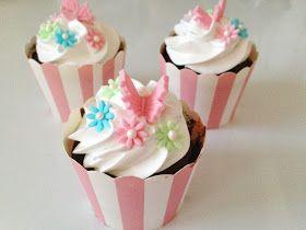 Annettes kager og andre lækkerier: Lækre chokolade cupcakes med skumfidus frosting