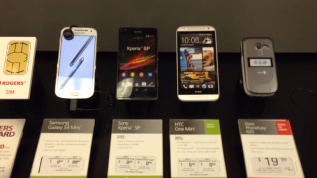 Smartphone warranty leaves frustrated customers without their phones