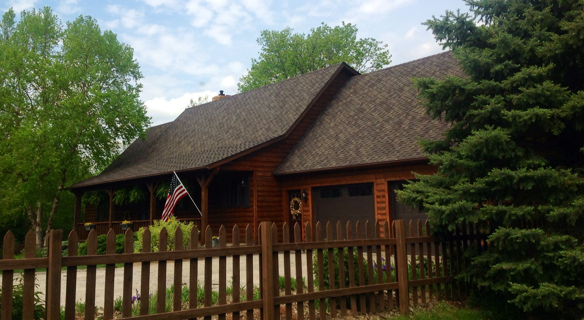 Best Our Log Cottage On The Lake With Certainteed Presidential 400 x 300