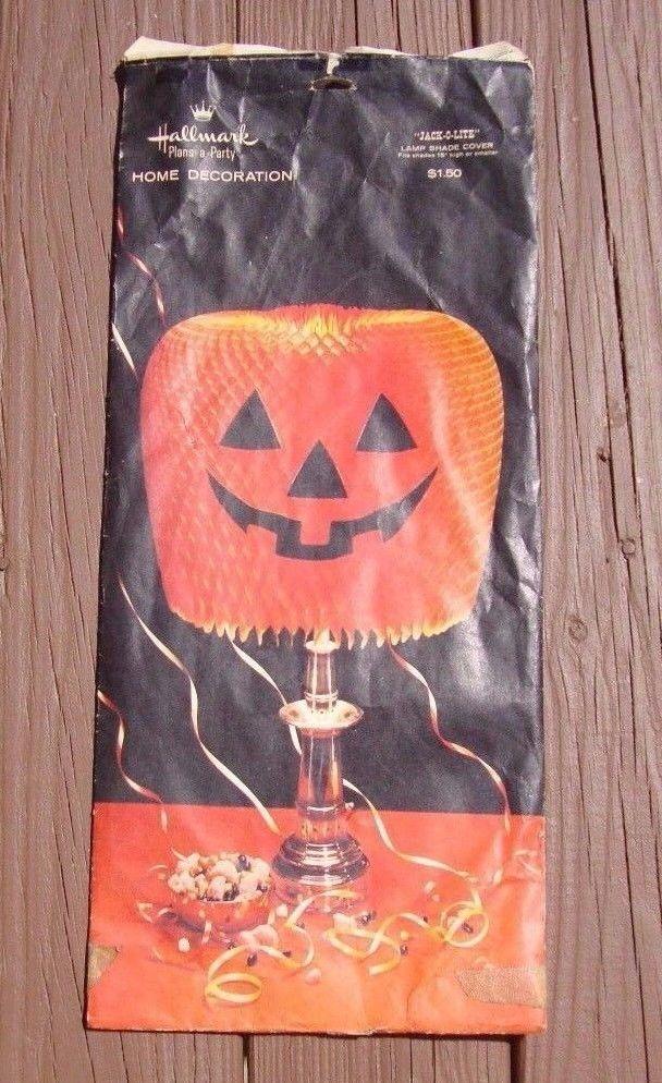 Vintage halloween large paper honeycomb pumpkin lamp shade cover halloween collectibles ebay shade coversretro halloweenlamp aloadofball Images
