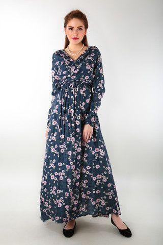 eb15f45df5d Floral Rich Print Front Wrap Maternity Dress