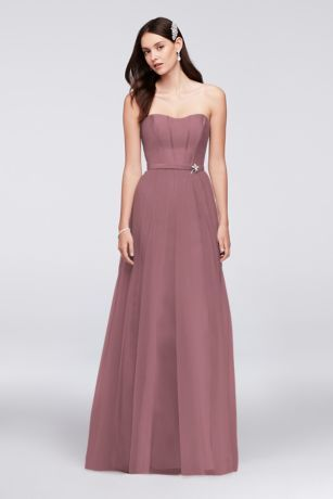 the seamed corsetstyle strapless bodice and flowing