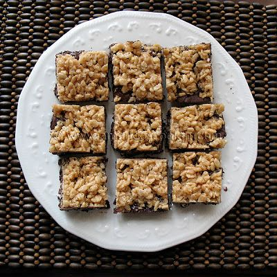 Chewy Cookie Crunch Bars - Amanda's Cookin'