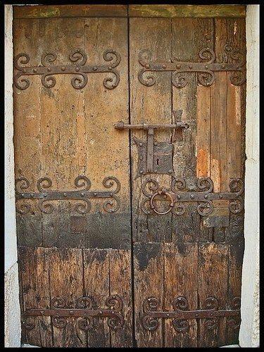 Portes anciennes architecteur Pinterest France, Doors and