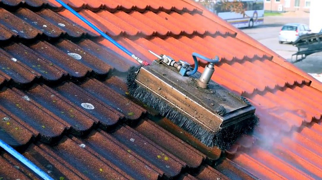 High Pressure Roofcleaning Techniques Are Suitable For Roofs Made Of Clay Concrete Tiles Slates Asbestos Or Metal R Roof Cleaning Cleaning Roof Restoration