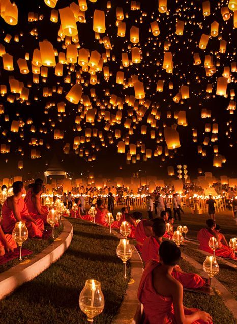 festival des lanternes | The Festival of Lights is celebrated all around Thailand with Loi ...