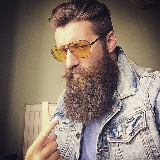 BEARDREVERED on TUMBLR | mrbeardydan: Monday #bigbeard #selfie...