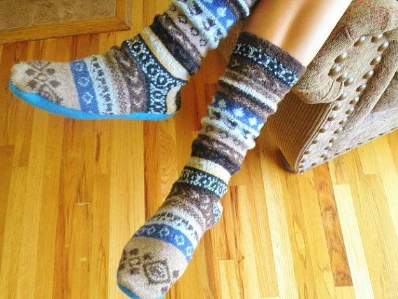 4daa676aa1159 Sweater Slipper Boots and Boot Socks - pdf PATTERN | Something to ...