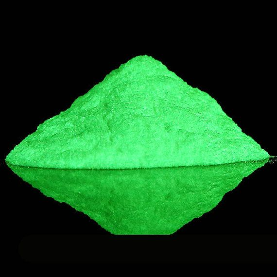 Verde bagliore nel buio pigmento in polvere, polvere ...