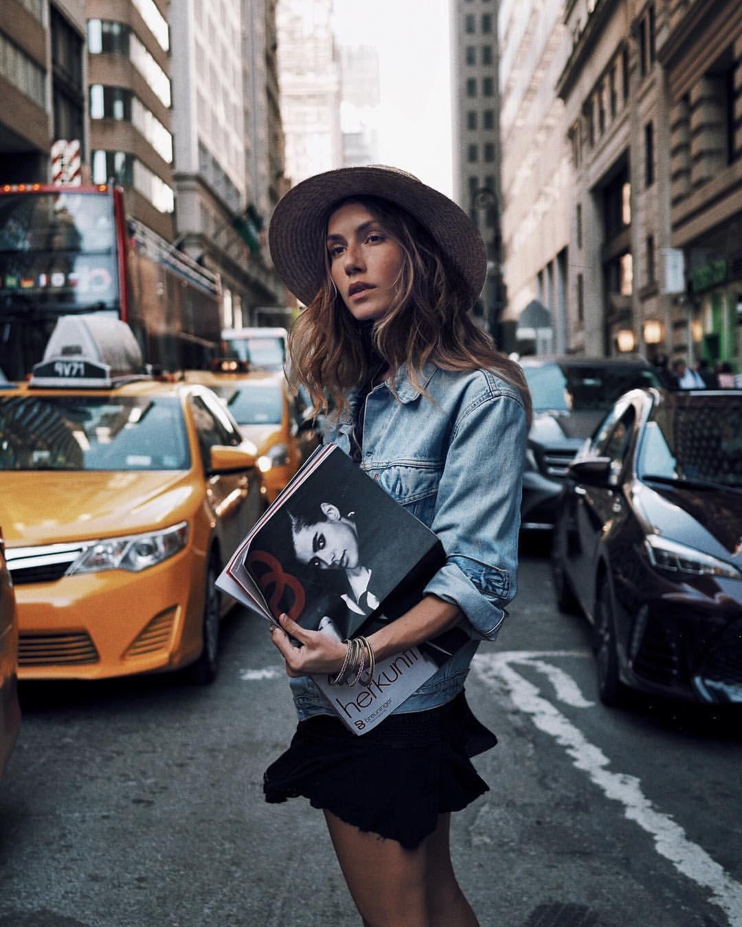 Paparazzi Jelena Cikoja nude photos 2019