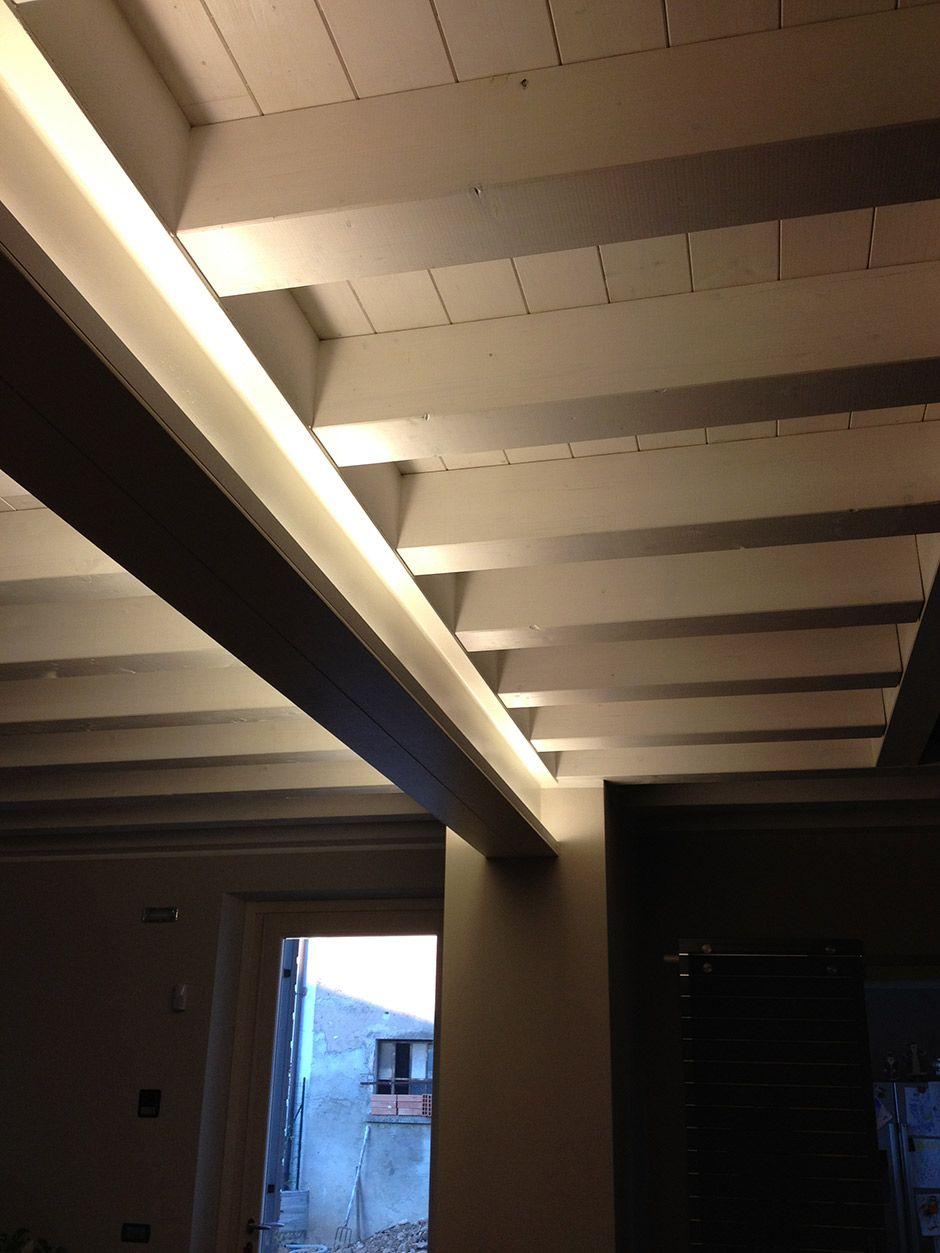 Luci Per Tettoia In Legno soffitto ad illuminazione indiretta - vieffe impianti