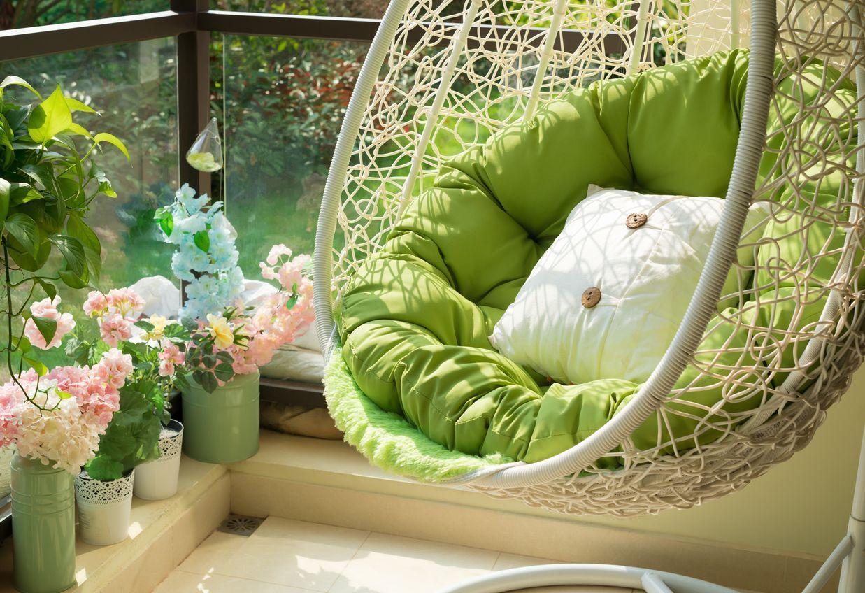 Jak zorganizować mały balkon porady balkon kwiaty ogród i