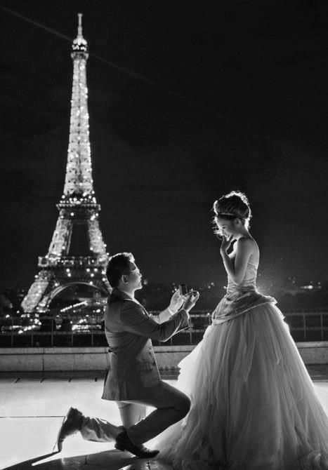 Love Photography Pretty Beautiful Couple Black And White Life Vintage Inspiration Dream Proposal Friendship Eiffel Tower Paris Amazing Romantic
