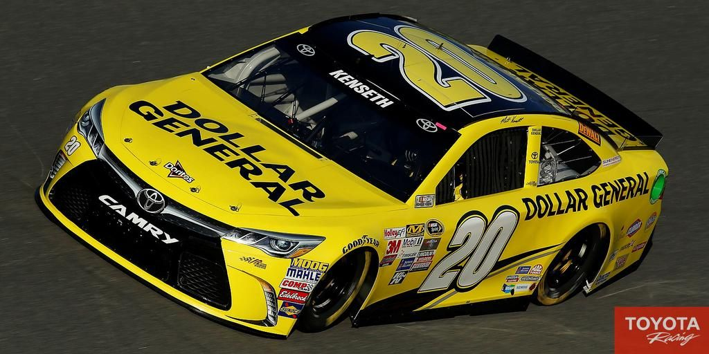 1st look at @mattkenseth's 2015 @DGRacing #Camry for the #SprintUnlimited