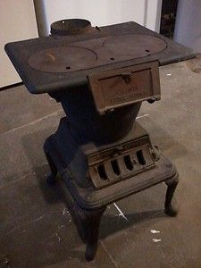 Vintage Cast Iron Cook Stove