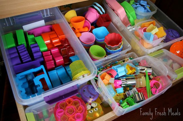 Jealous of this drawer of Bento supplies