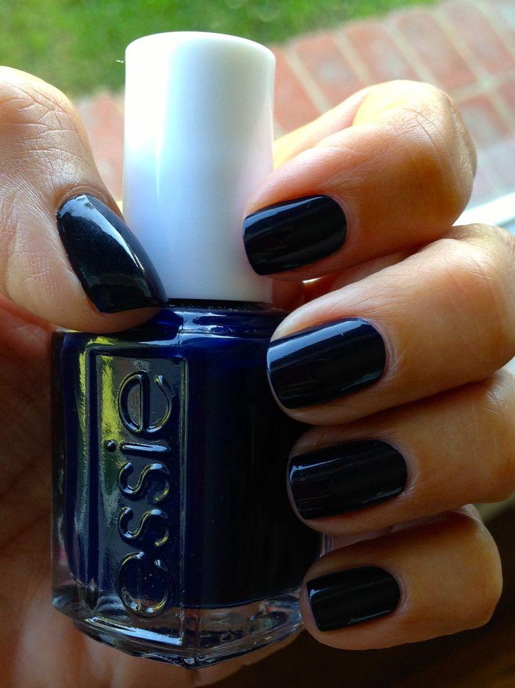 Mani Mania: A Blue You, Essie\'s Emmy Pre-Party & Celeb Nails ...