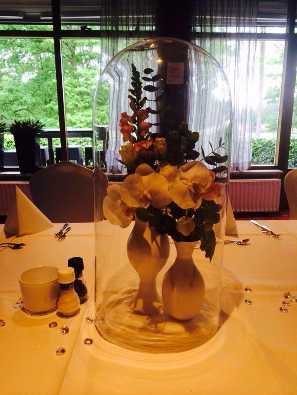 Stolp met orchidee