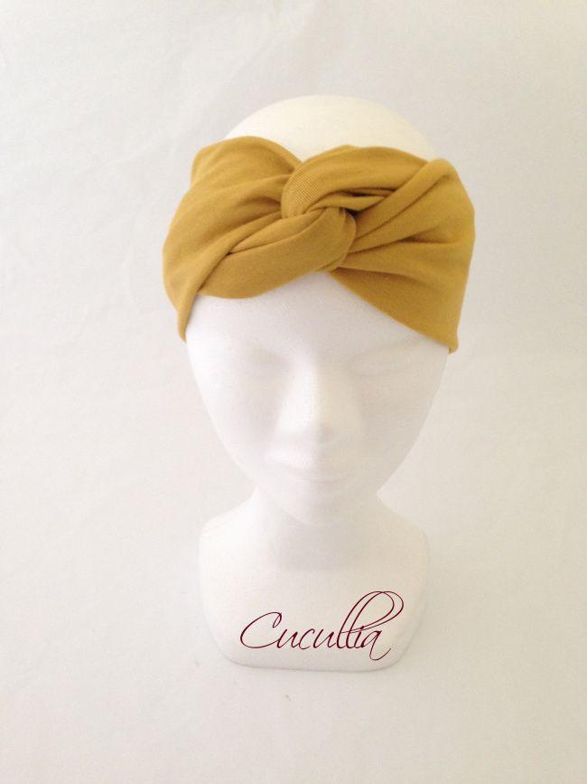 d3aab3cc Turbante color mostaza. Ideal para invitadas de otoño-invierno ...