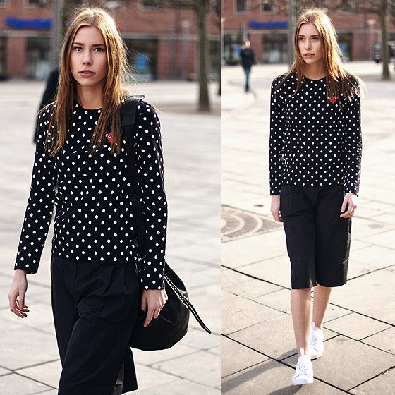 SIMPLY DOTTED