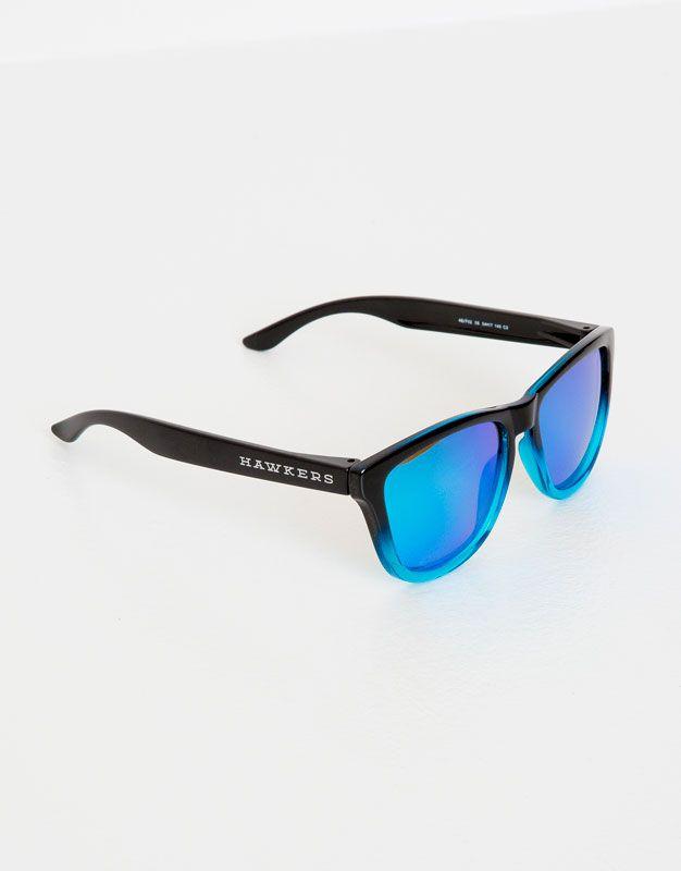 e80cc36f8d Pull&Bear - hombre - trends - hawkers x pull&bear - gafas de sol hawkers  fusion clear