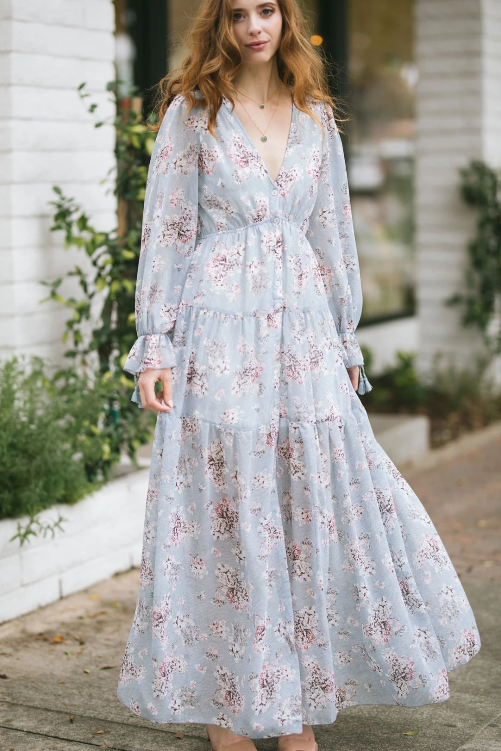 Shop The Margot Floral Long Sleeve Maxi Dress Boutique Clothing Featuring Fresh Feminine And Long Sleeve Floral Maxi Dress Long Sleeve Maxi Dress Maxi Dress [ 1500 x 1000 Pixel ]