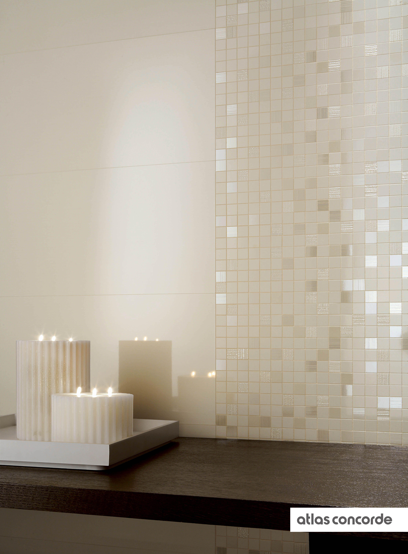Arredo Bagno Marrone E Beige.Collections Bagno Beige Bagno Con Mosaico E Arredamento Bagno