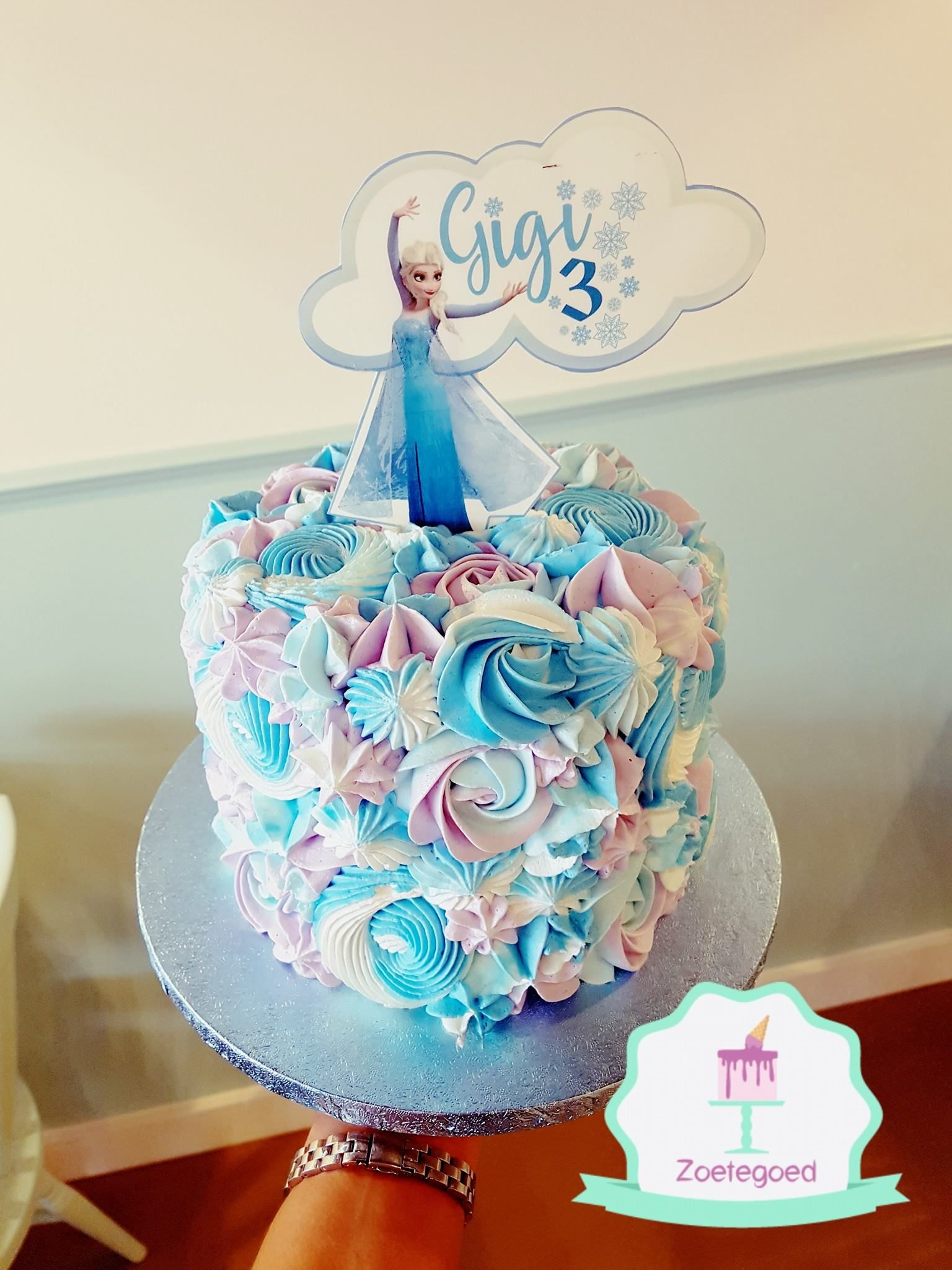 Peachy Frozen Disney Elsa Cake With Diffrent Piping Techniques And Edible Funny Birthday Cards Online Elaedamsfinfo