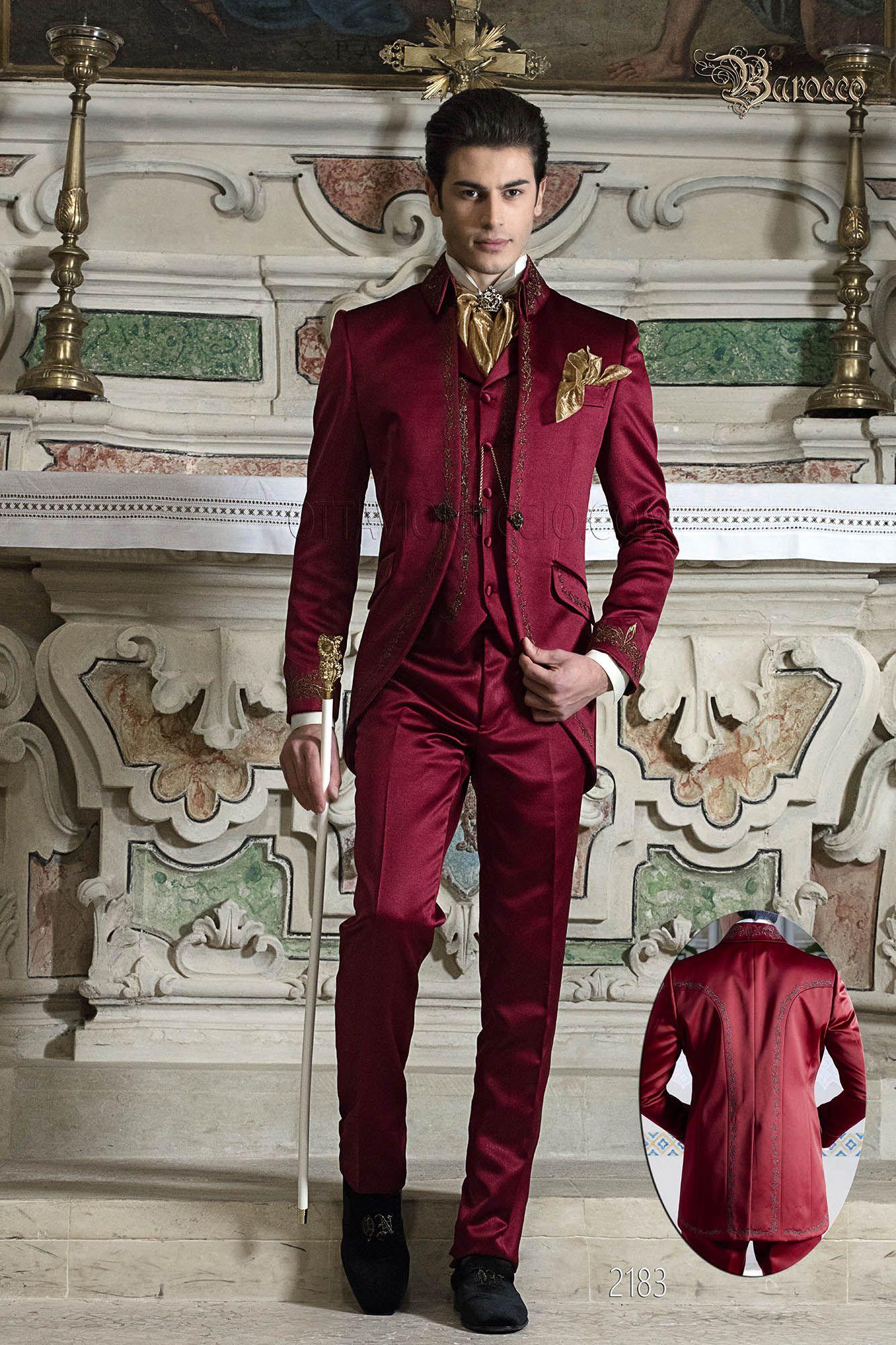 Abito uomo per sposo barocco raso rosso ricamato oro. Completo ONGala 2183 Abiti  Da Sposa 0e47e4294b5