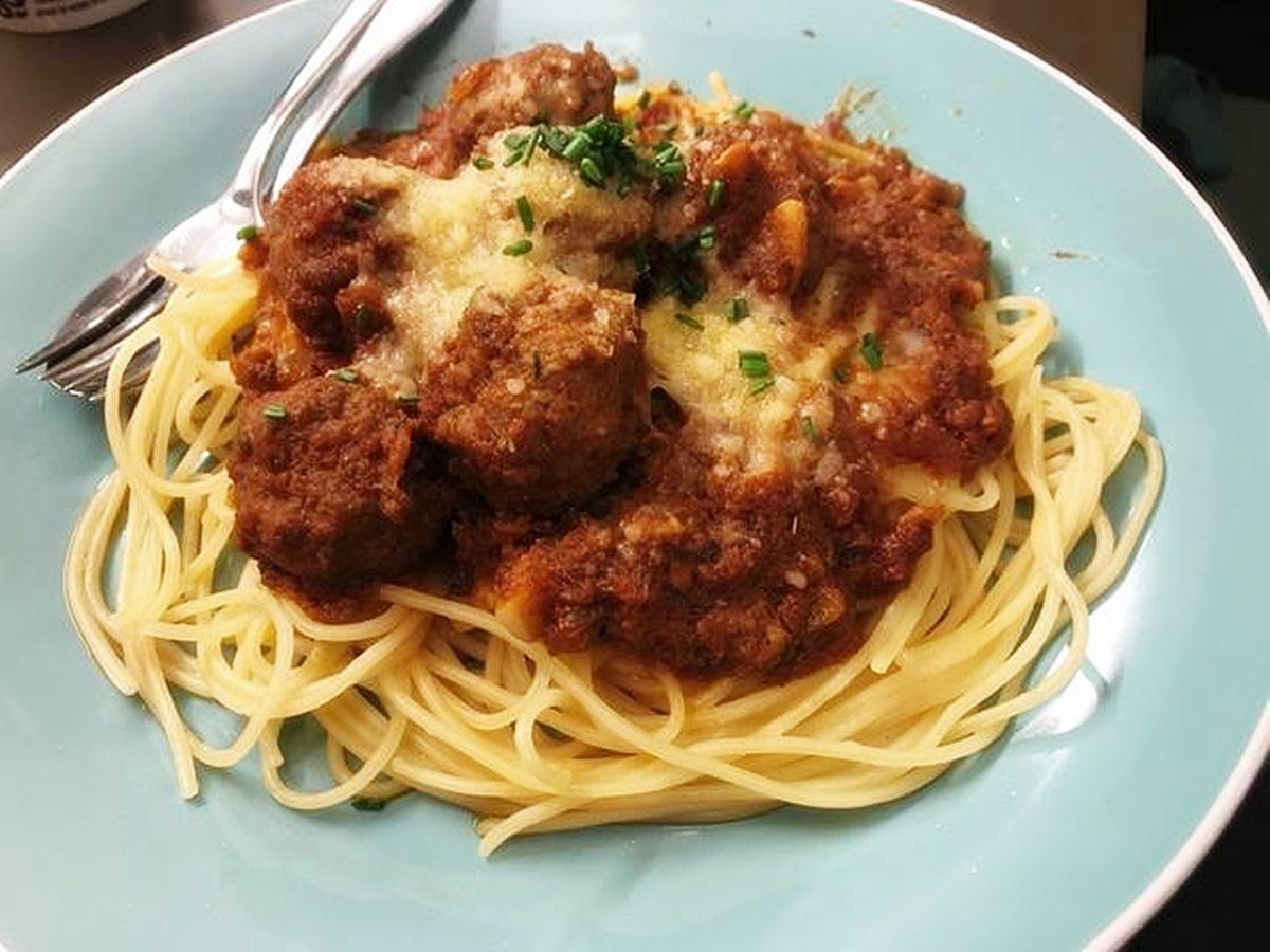 Cara Membuat Spagheti Meatball Dan Mozarella Lengkap Resep Spaghetti Italia Dan Cara Bikin Spageti La Fonte Dan Cara Me Makanan Italia Resep Resep Masakan Asia
