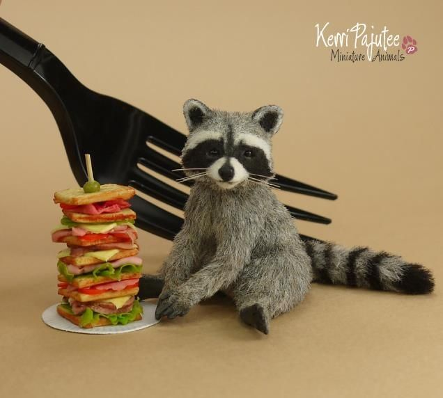 Raccoon For The Dollhouse Poseable Raccoons In 1 12 Dollhouse Miniature Scale These Little Ones Miniature Animals Handmade Miniatures Dollhouse Miniatures