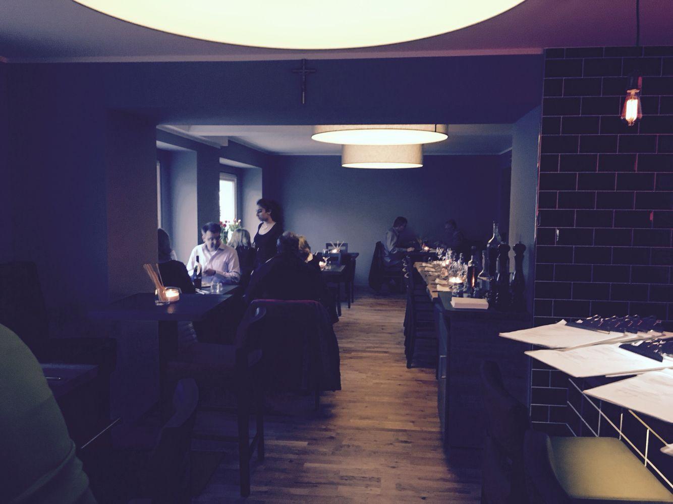 Project Damiano's Restaurant- Arch. Rosario Ligori Design