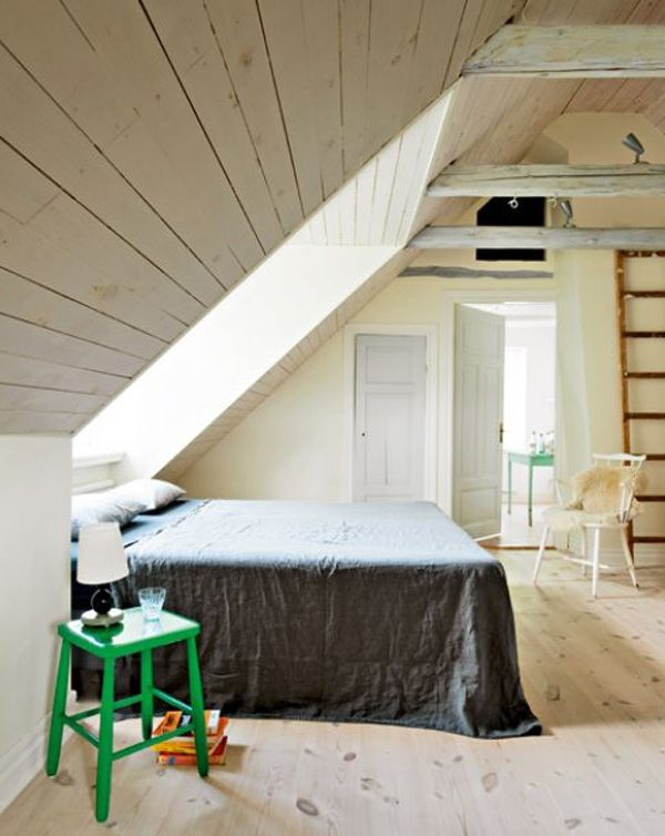 Merveilleux Small Bedroom Design With Attic Ideas