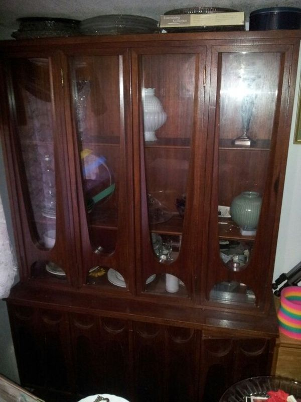 China cabinet for Sale in Tacoma, WA | China cabinet