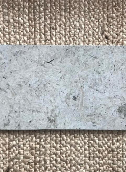Hej! Förra veckan var vi och kikade hos en leverantör på en absolut materialfavorit till mig; kalksten. Bilden ovan är en inspiratio...