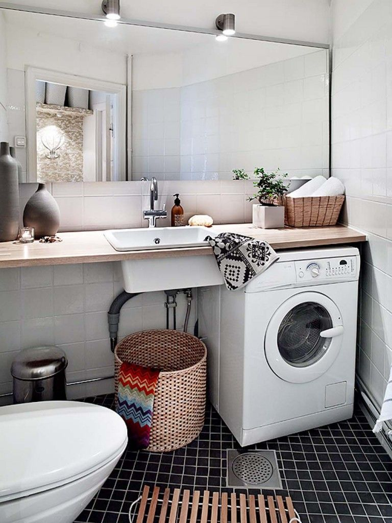 Love the combo bathroom and laundry Clean