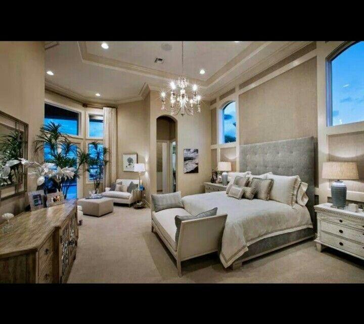 Spacious Luxury Bedroom Luxurious Bedrooms Bedroom Design Master Bedroom Retreat Spacious and luxurious bedroom design