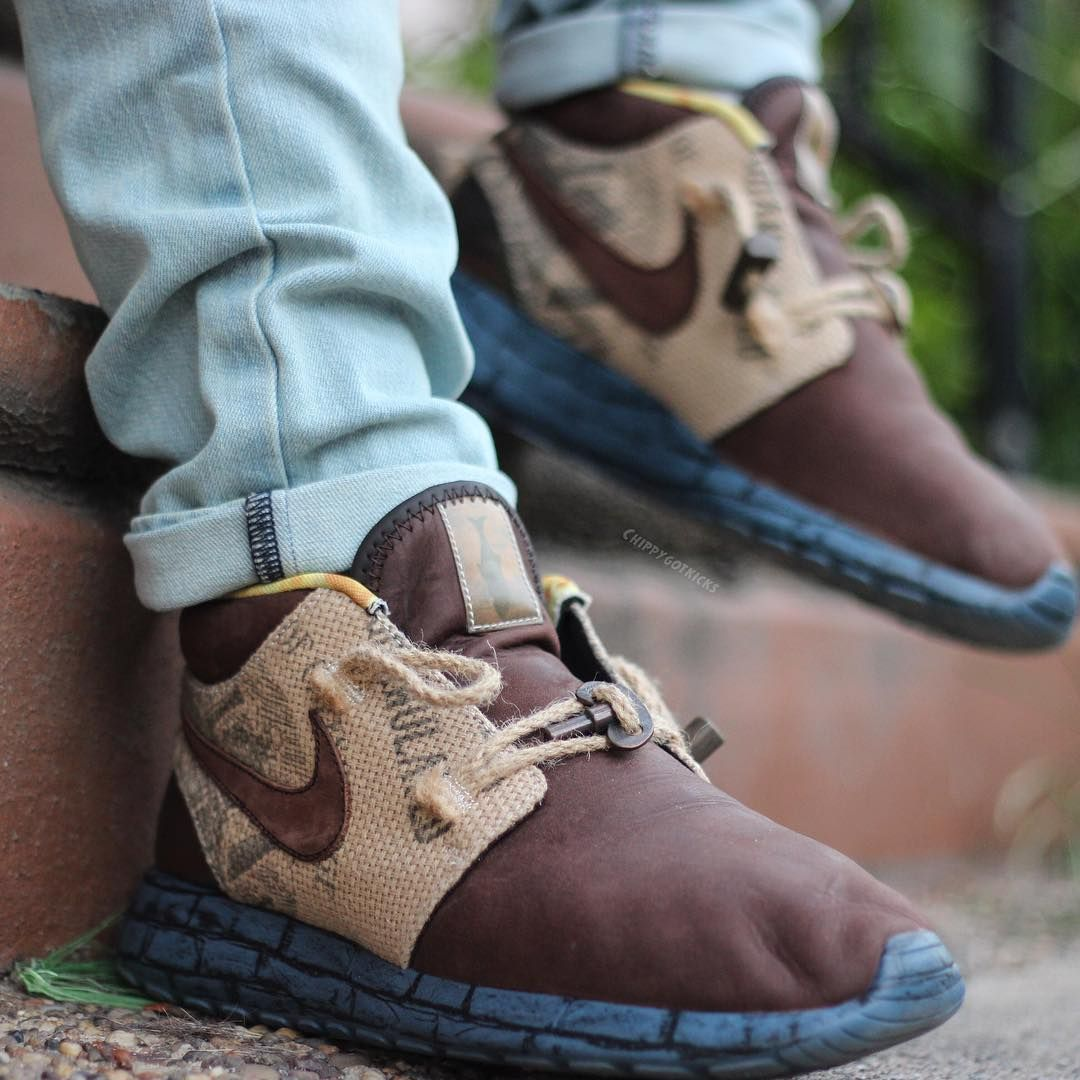 fe187850d407e ... Trollstrikes - Adult Cgk47313  The Boxtrolls x Nike Roshe Run Mid ...