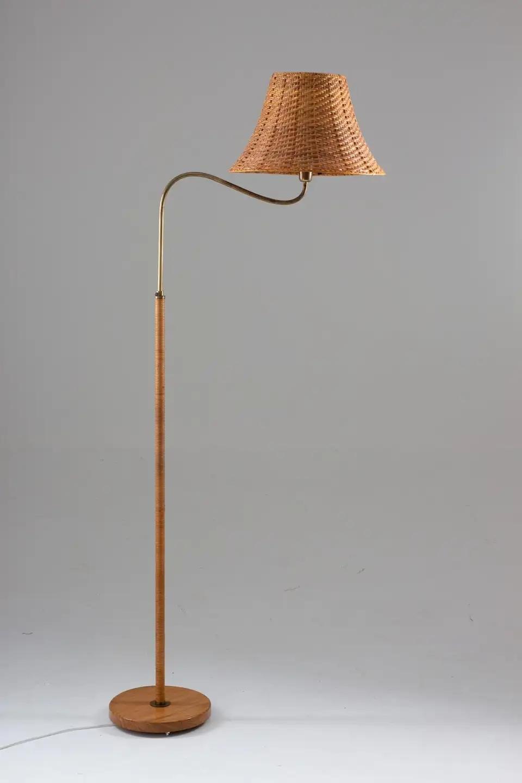 Swedish Modern Midcentury Floor Lamp In Brass And Rattan 1940s In 2020 Mid Century Floor Lamps Floor Lamp Brass Floor Lamp