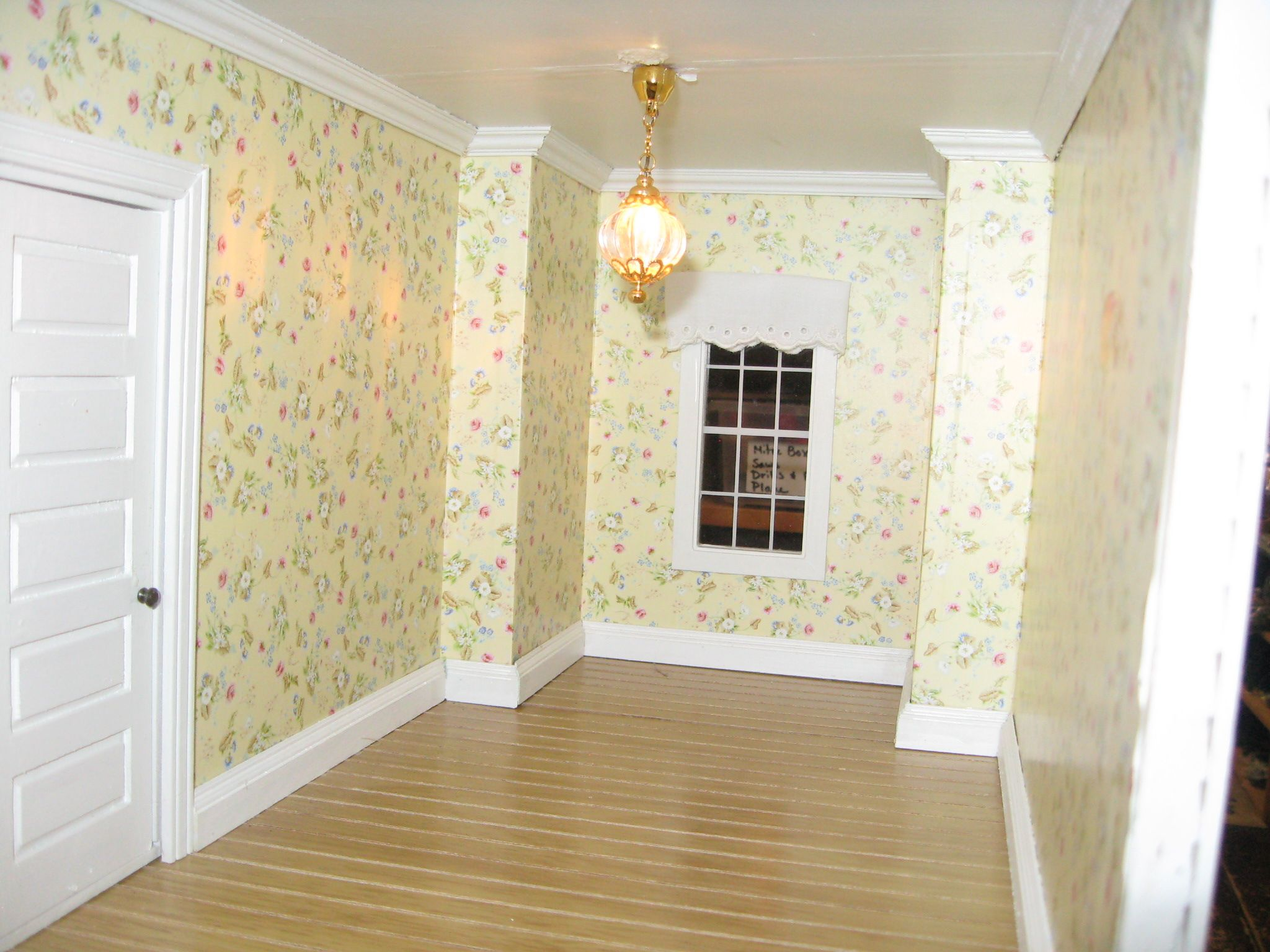 Jackson Miniatures wallpaper in a customers dollhouse | Dollhouse ...