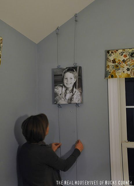 Cute Way To Hang Pictures Diy Pinterest Decorating