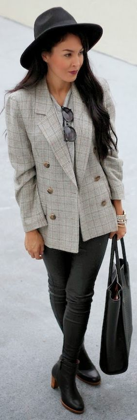 A #plaid #blazer  by The Chiffon Diary