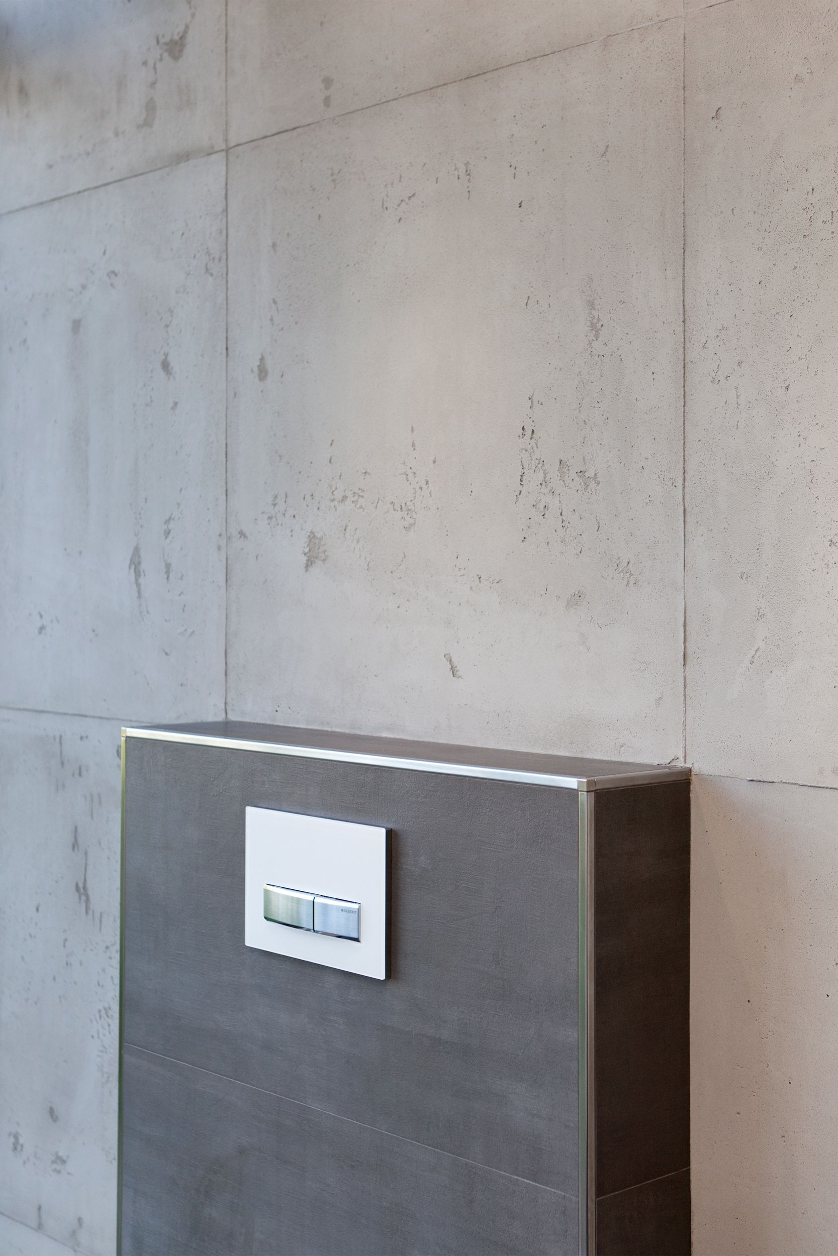 feinsteinzeug fliesen 40x80 cm in betonoptik farbe graphit. Black Bedroom Furniture Sets. Home Design Ideas
